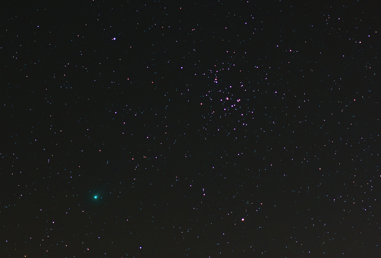 comet lovejoy C/2013 R1 and M44 beehive cluster