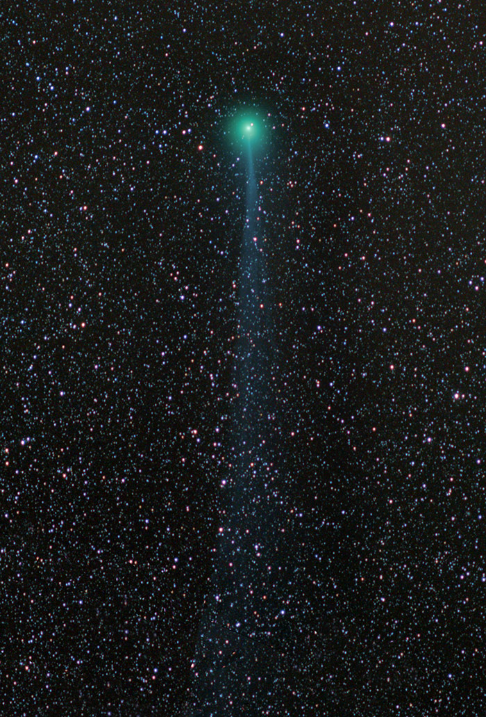 Comet Lovejoy with blue tail