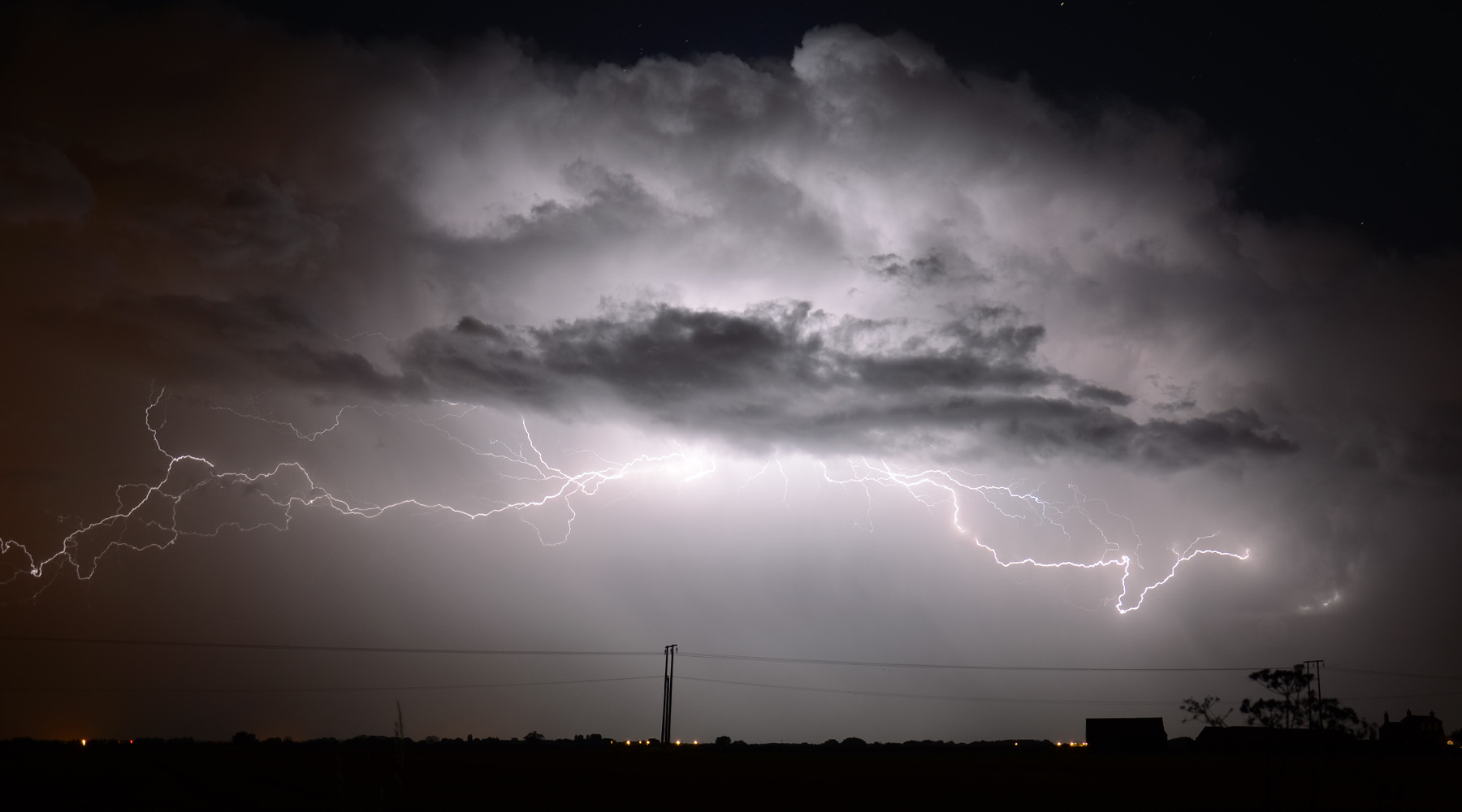 lightning storm selby north yorkshire