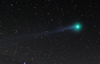 Comet Lovejoy C/2014 Q2 2015 star tracker nikon d7000 180mm f2.8
