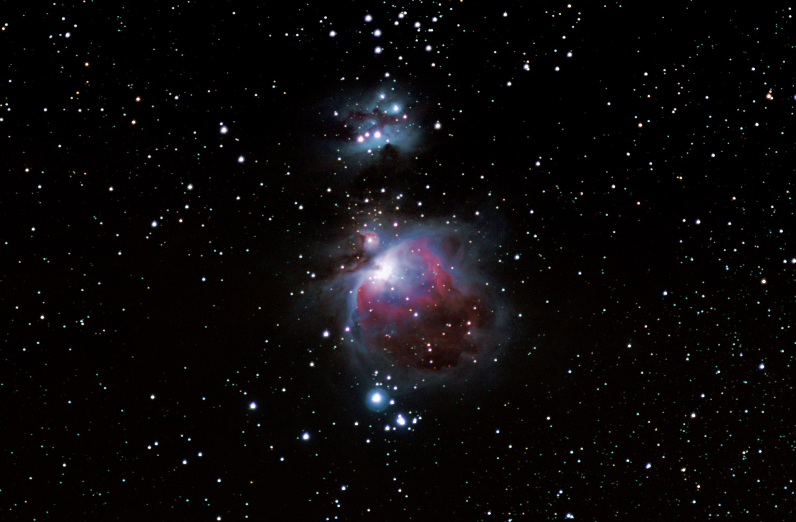 Orion nebula taken with Nikon D7000 at 180mm f2.8