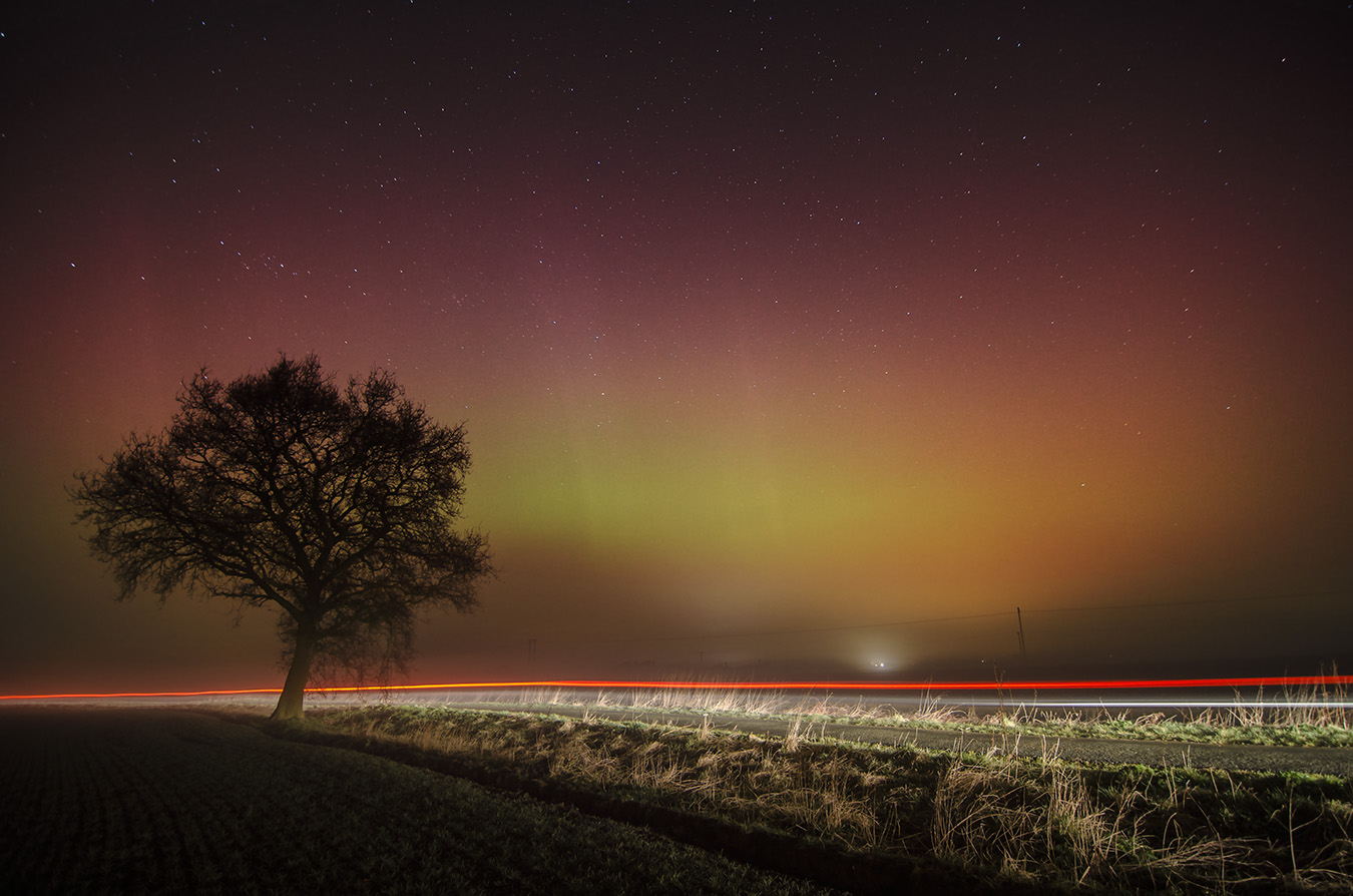 Aurora through the mist